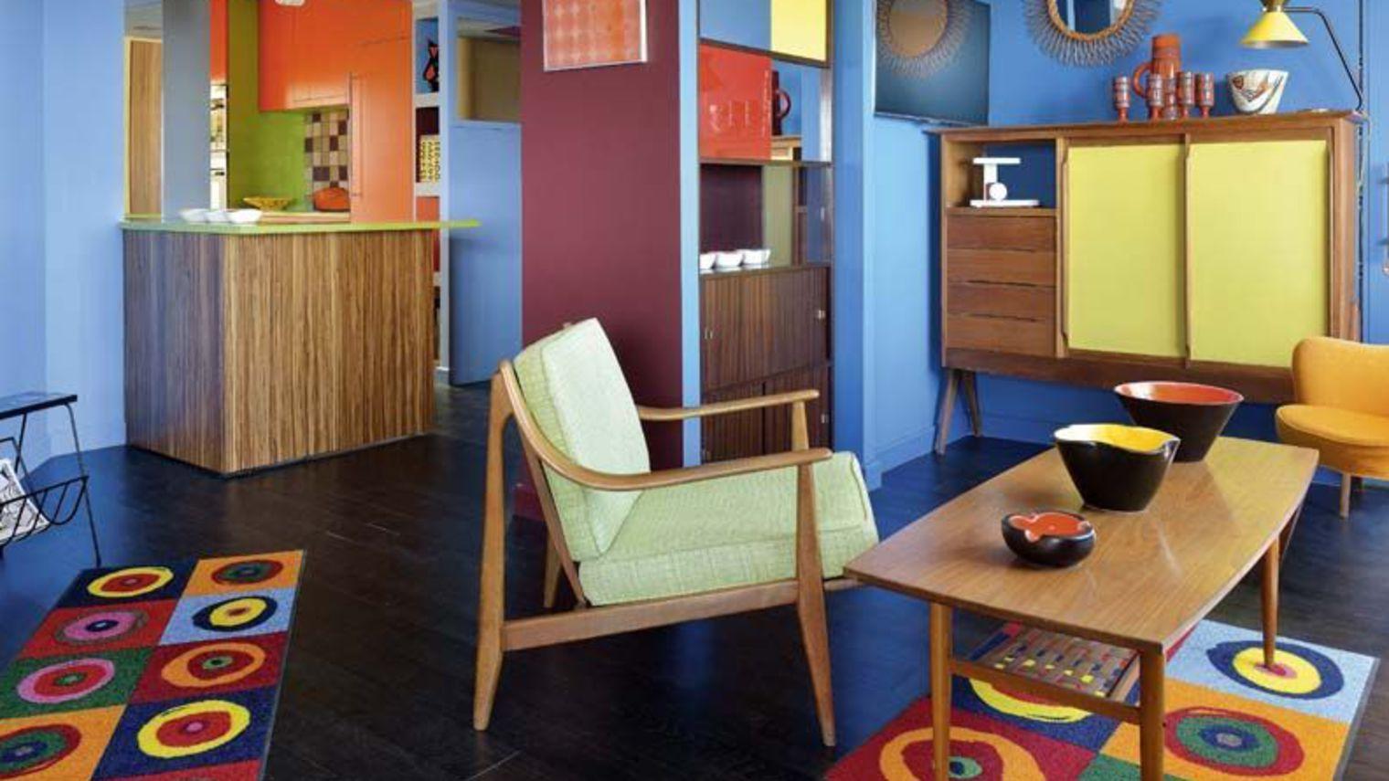 construire ou refaire une maison avec des couleurs r tro grand the tre. Black Bedroom Furniture Sets. Home Design Ideas
